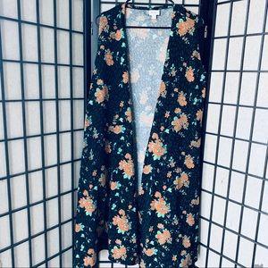 Lularoe joy black floral duster sz M